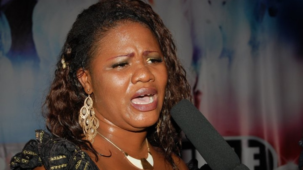 Rev. Obaapa Christy insults and fighting for money [Watch Full Video]