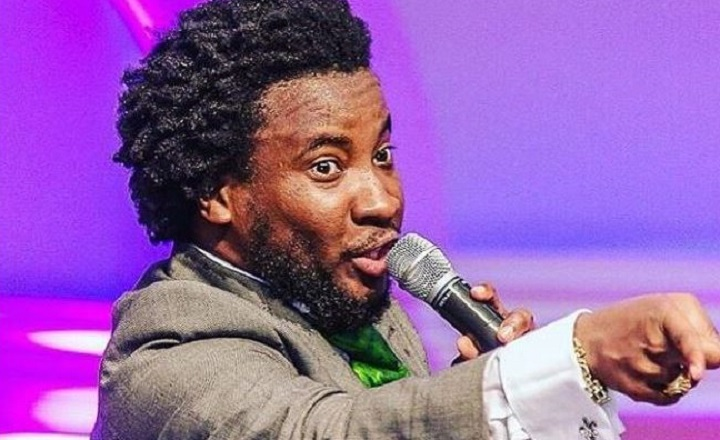 Minister Sonnie Badu insults Bloggers over his Police arrest in UK for holding a gun video