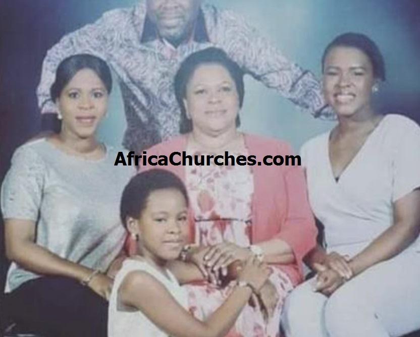 Prophet TB Joshua, His Wife Evangelist Evelyn Joshua And Children